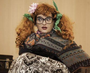 """Divadelné predstavenie """" S brokovnicou na manžela"""""""